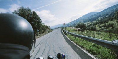 auricolari bluetooth per viaggiare su due ruote