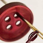 Aumentano le richieste di riparazioni sartoriali