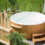 Come scegliere vasca idromassaggio da esterno