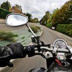 Come scegliere gli accessori della moto